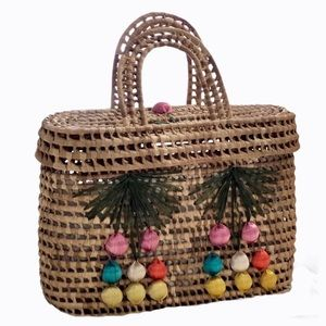 vintage Wicker tote with lid
